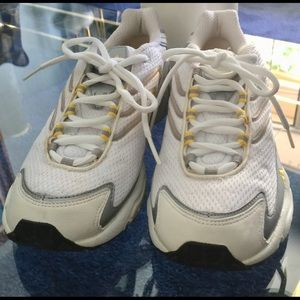Adidas White/Yellow/Gray Vintage Walking Sneakers